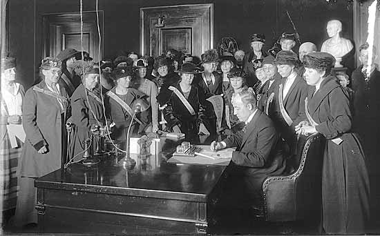 Nov. 14th, Eric Brooks, The Women of Ashland and Celebrating the Ratification  of the 19th Amendment