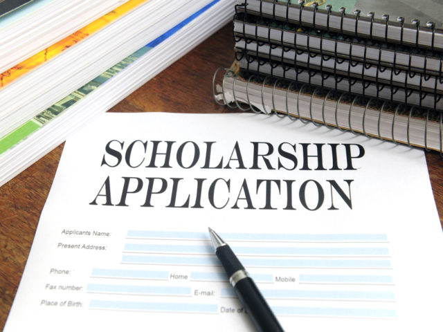 2018 Scholarship Applications Now Available!